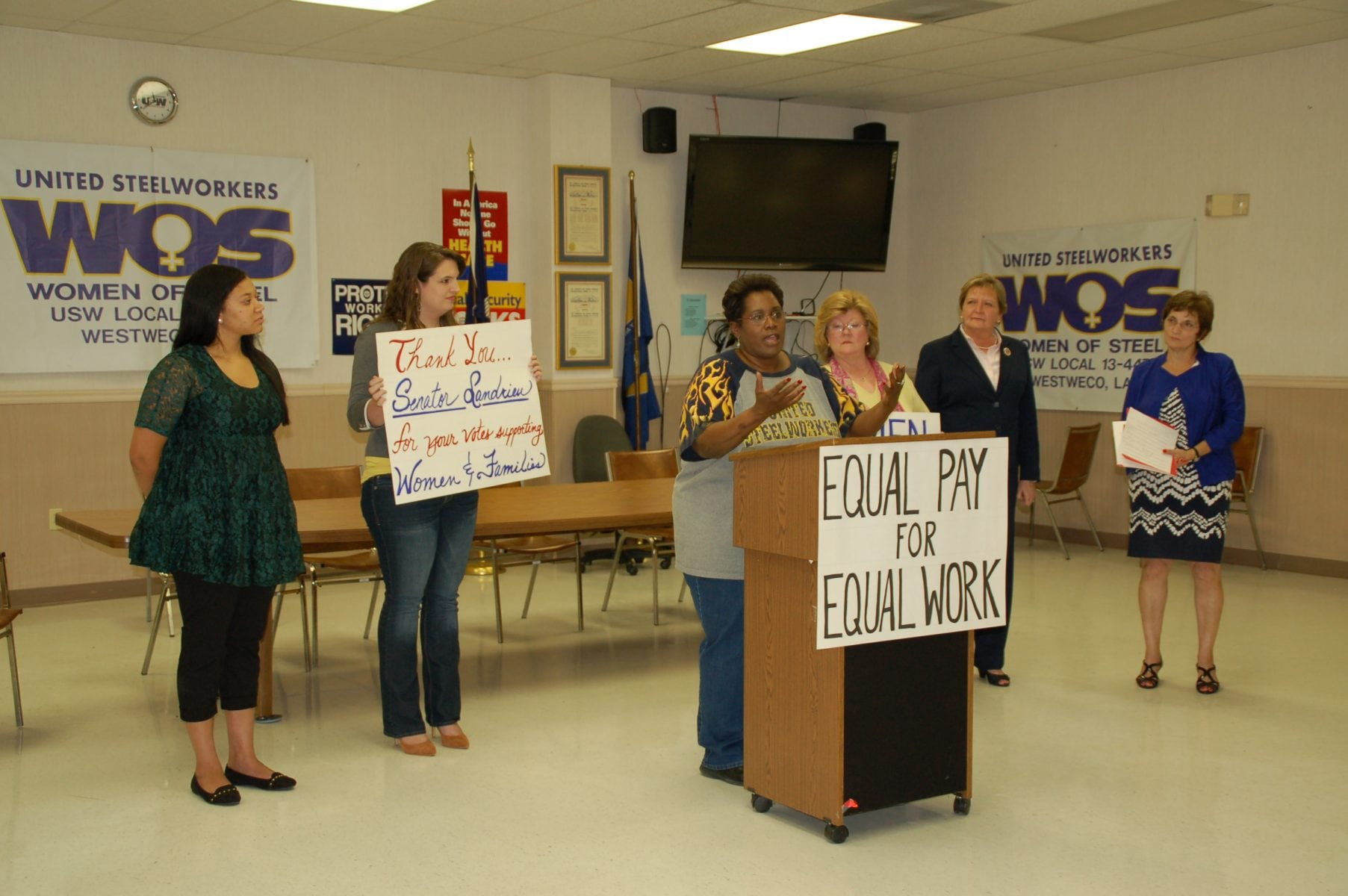 charlotte.anderson.equal.pay.presser.081314